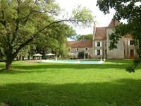 Maison à vendre à SAINCAIZE MEAUCE, Nievre, Bourgogne, avec Leggett Immobilier