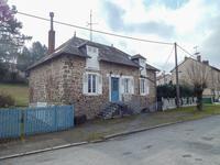 Jolie maison en pierre à seulement 5 minutes à pied du centre ville de Bourganeuf