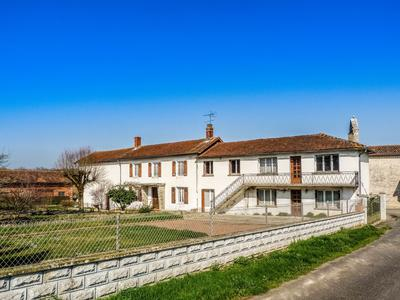 French property, houses and homes for sale in LE BOUCHAGE Charente Poitou_Charentes