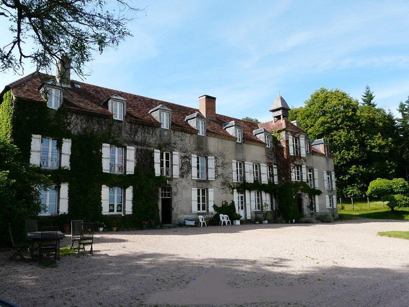Chateau vendre en limousin creuse saint sulpice le for Acheter maison bourgogne