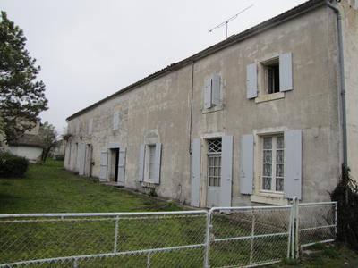 French property, houses and homes for sale in MARSAIS Charente_Maritime Poitou_Charentes