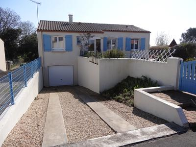 French property, houses and homes for sale in PORT DES BARQUES Charente_Maritime Poitou_Charentes