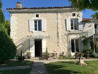 commerce à vendre à AUBETERRE SUR DRONNE, Charente, Poitou_Charentes, avec Leggett Immobilier
