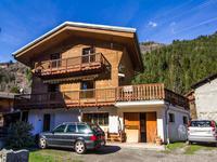 Chalet de trois chambres proche de Ste Foy, Val d'Isère, Les Arcs, Tignes et La Rosière.