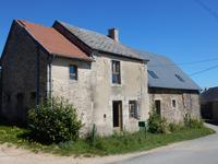Maison rénovée de 7 chambres / 2 salles de bains dans un hameau paisible, à 5 minutes de toutes commodités