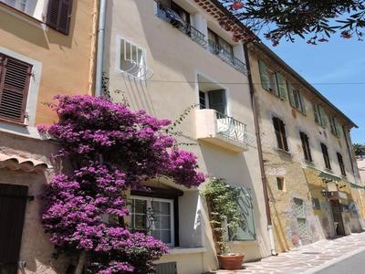 French property, houses and homes for sale in Bormes les Mimsoas Var Provence_Cote_d_Azur