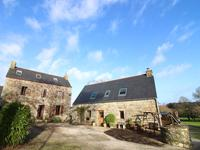 houses and homes for sale inPLOUGUERNEVELCotes_d_Armor Brittany