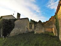 French property for sale in GOUT ROSSIGNOL, Dordogne - €104,500 - photo 4