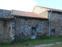 French property for sale in VAYRES, Haute Vienne - €9,000 - photo 6