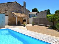 French property for sale in ANGOULEME, Charente - €368,000 - photo 2