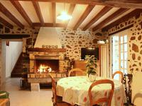 French property for sale in STE GEMMES LE ROBERT, Mayenne - €203,000 - photo 4