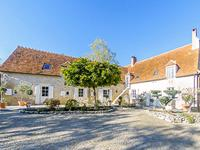 French property, houses and homes for sale inORCENAISCher Centre