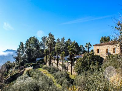Fabulous property in Provence, with 3 houses, spectacular views, swimming pool, garaging. Private and secluded, walled grounds. 5 minutes from the vibrant village of Cotignac