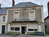 French property for sale in LA SELLE CRAONNAISE, Mayenne - €56,000 - photo 1