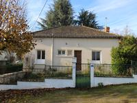 houses and homes for sale inLA ROCHE POSAYVienne Poitou_Charentes