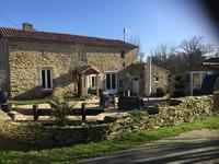 French property, houses and homes for sale inLA CHATAIGNERAIEVendee Pays_de_la_Loire