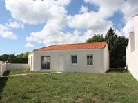 French property for sale in ROYAN, Charente Maritime - €339,200 - photo 3