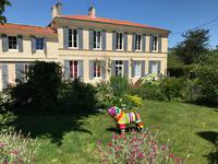 commerce à vendre à BOURG, Gironde, Aquitaine, avec Leggett Immobilier