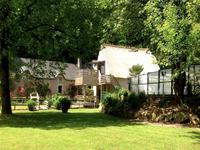 French property for sale in AURAY, Morbihan - €1,007,000 - photo 2