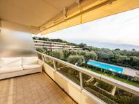 Appartement de luxe rénové de 99m2 à Roquebrune-Cap-Martin dans une résidence sécurisée avec deux terrasses