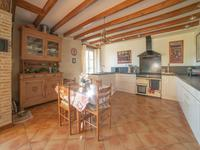 French property for sale in LANDERROUAT, Gironde - €371,000 - photo 2