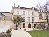 French property, houses and homes for sale inMONTMOREAU ST CYBARDCharente Poitou_Charentes