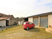 French property for sale in ST FRAIGNE, Charente - €189,000 - photo 9