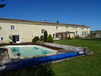 Maison à vendre à CRITEUIL LA MAGDELEINE en Charente - photo 1