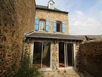 French property for sale in CUILLE, Mayenne - €108,900 - photo 2