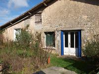 French property for sale in MONTJEAN, Charente - €46,000 - photo 3