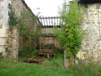 French property for sale in LE LINDOIS, Charente - €71,500 - photo 7