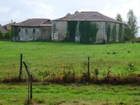 French property for sale in LE LINDOIS, Charente - €71,500 - photo 4