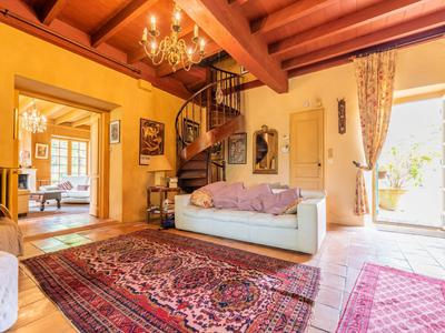 All about location! an extremely charming mansion, nestled again a South facing hillside, with fabulous views! in the Saint-Emilion region
