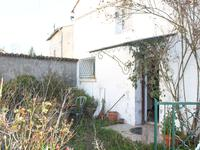 French property for sale in LA CHAPELLE, Charente - €61,000 - photo 9
