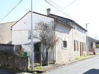 French property for sale in LA CHAPELLE, Charente - €61,000 - photo 10