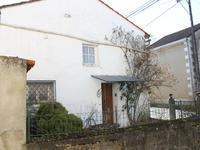 French property for sale in LA CHAPELLE, Charente - €61,000 - photo 2