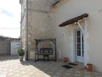 French property for sale in LA CHAPELLE, Charente - €299,600 - photo 9