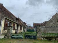 French property for sale in PRISSAC, Indre - €93,500 - photo 2