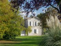 French property for sale in BLAYE, Gironde - €1,764,000 - photo 2