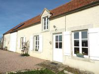 French property for sale in IDS ST ROCH, Cher - €178,200 - photo 2