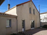 Maison, Quartier Fregeneuil, située à 5mn du centre ville et des grands axes routiers, idéal premier achat où investisseur.