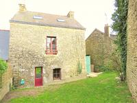 houses and homes for sale inCRUGUELMorbihan Brittany