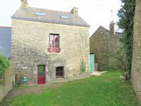 French property, houses and homes for sale inCRUGUELMorbihan Brittany