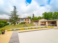 French property for sale in VOUHARTE, Charente - €371,000 - photo 4