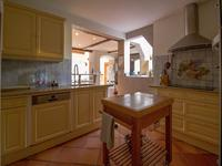 French property for sale in BESSE SUR ISSOLE, Var - €640,000 - photo 5