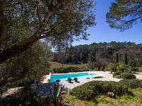 French property for sale in BESSE SUR ISSOLE, Var - €640,000 - photo 2