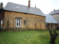 French property for sale in LE BURET, Mayenne - €88,000 - photo 2