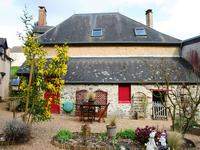 French property for sale in SILLE LE GUILLAUME, Sarthe - €239,625 - photo 7