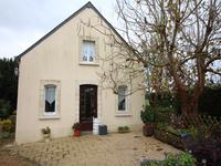 French property for sale in CHAMPIGNE, Maine et Loire - €278,200 - photo 2