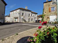 houses and homes for sale inPERSACVienne Poitou_Charentes